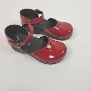 Dansko Girls Red Mary Jane Shoes Sz 32